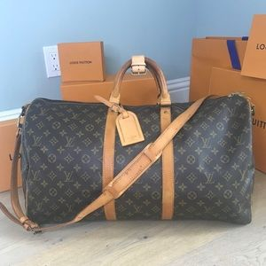 KEEPALL BANDOULIERE 55♥️ Authentic LV Travel Bag